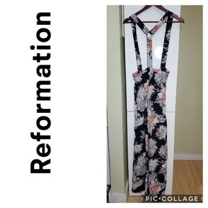 Reformation black white floral lightweight overall jumpsuit romper size small